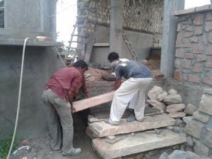2.-stone-wall-villa-aaranyak-making-9