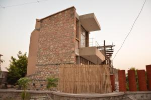7.-Finishing-villa-aaranyak-making-18